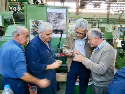 Ο Άγγελος Τσιγκρής επισκέφθηκε την Ελληνική Βιομηχανία Όπλων στο Αίγιο - ΔΕΙΤΕ ΦΩΤΟ
