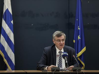 Τσιόδρας και άλλα 8 μέλη της Επιτροπής δ...