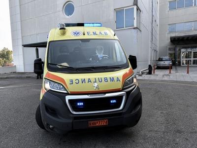 ΕΚΑΒ: Πήγαν να πάρουν τραυματία στα Δεμένικα και ξέμεινε το ασθενοφόρο