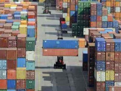 Τα είπαν εξαγωγείς και υπουργός Οικονομίας