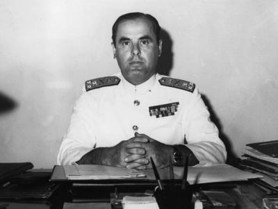 Γκολφίνος Πετμεζάς Αντιναύαρχος Πολεμικού Ναυτικού -Πρόεδρος Ελληνικού Ερυθρού Σταυρού