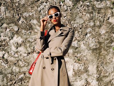 Τι επιλέγουν οι editors της Vogue για τη...