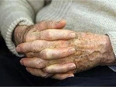 Πάτρα: Συνελήφθη για απάτη σε βάρος ηλικιωμένων και βγαίνοντας άρχισε τα... ίδια