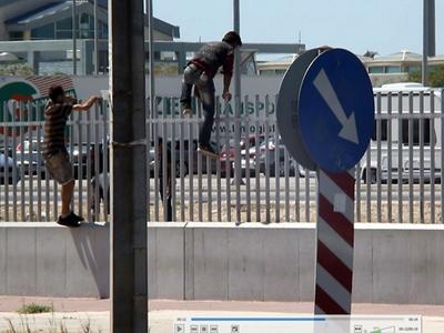 Συλλήψεις μεταναστών και διακινητών στο λιμάνι της Πάτρας