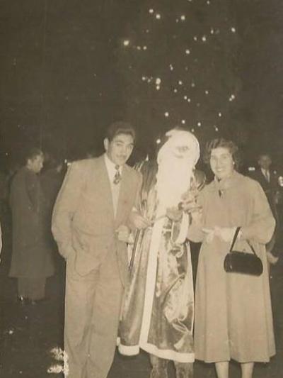 Παραμονή πρωτοχρονιάς 1954- Πέτρος Πανου...