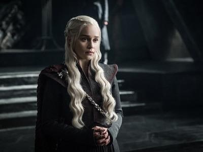 Τέλειωσε το Game of Thrones - Το συγκινητικό αντίο της Εμίλια Κλαρκ και Σόφι Τέρνερ στο Instagram