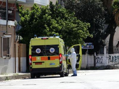 Κορωνοϊός: Νεκρός 64χρονος - Στους 24 οι θάνατοι στη χώρα μας