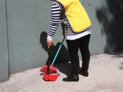 Αποφυλακίζεται η καθαρίστρια από το Βόλο μέχρι να συζητηθεί η υπόθεσή της στον Άρειο Πάγο-Στάση..συμπαράστασης από την Πάτρα - ΦΩΤΟ