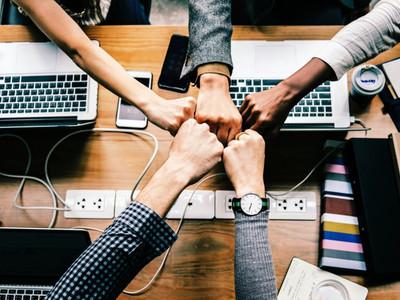 Οι επιχειρήσεις στην εποχή της μετατόπισης – Ένας μικρός οδηγός επιβίωσης
