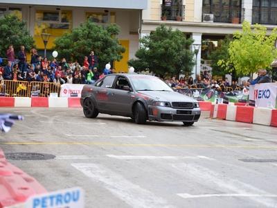 Μοναδικό θέαμα, γεμάτη καπνό και ήχο από την ομάδα Drift στο 11o PICK EKO Racing 100