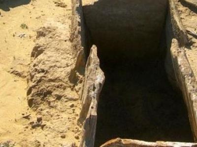 Πύργος: Παίρνει «δώρο» 10.000 ευρώ επειδή ανακάλυψε αρχαίο τάφο!
