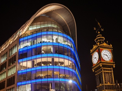 Ηταν εκεί: Το γιορτινό Λονδίνο αυτές τις μέρες μέσα από το φακό του Νίκου Ψαθογιαννάκη