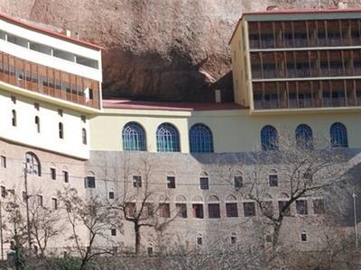 Ολονύκτιος Αγρυπνία στην Ιερά Μονή Μεγάλ...