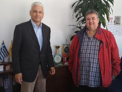 Ο Αντιπεριφερειάρχης Φωκίων Ζαΐμης επισκέφθηκε το Αεροδρόμιο Αράξου & συνάντησε τον αερολιμενάρχη