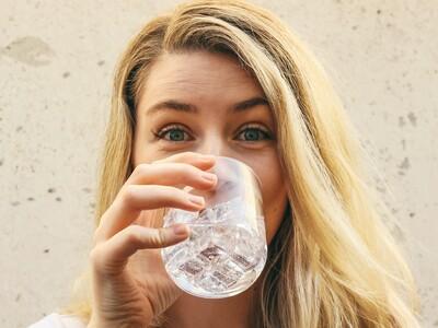 Ξέρετε αν το νερό που πίνετε είναι μολυσ...