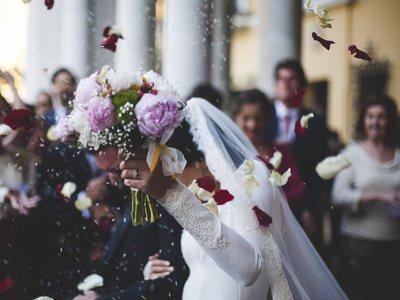 Γιατί οι γάμοι θα πρέπει να τελούνται Κυριακή;
