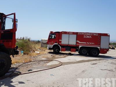 Πάτρα: Φωτιά σε οικόπεδο στο Προάστιο
