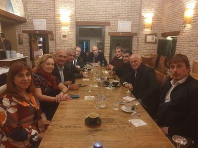 Συνάντηση Παπανδρέου με τους υποψήφιους ...