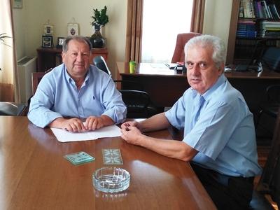 Αίγιο: Συνάντηση δημάρχου με τον διευθυντή της Εφορίας