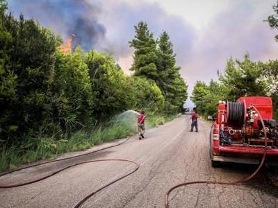 Επιτήρηση με drone της Πυροσβεστικής στις περιοχές της Ηλείας που εκδηλώθηκαν οι πυρκαγιές