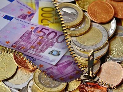 """Πάτρα: Τρία εκατομμύρια ευρώ """"έβγαλαν"""" φτερά και η διευθύντρια εξαφανίστηκε - Το οικονομικό σκάνδαλο σε υποκατάστημα τράπεζας"""