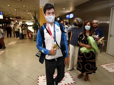 Στην Αθήνα ο χρυσός ολυμπιονίκης Μίλτος Τεντόγλου
