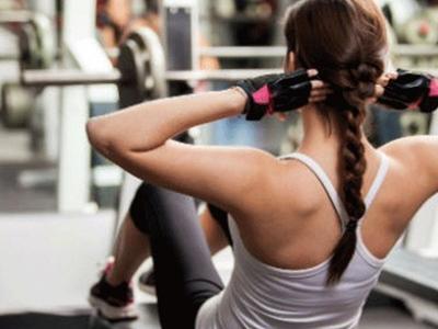 Το γυμναστήριο αντισταθμίζει την επιβάρυνση του οργανισμού από το ποτό