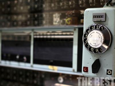 Πάρτε το μηδέν…Το μοναδικό στον κόσμο, σε λειτουργία, αναλογικό τηλεφωνικό κέντρο βρίσκεται στην Πάτρα