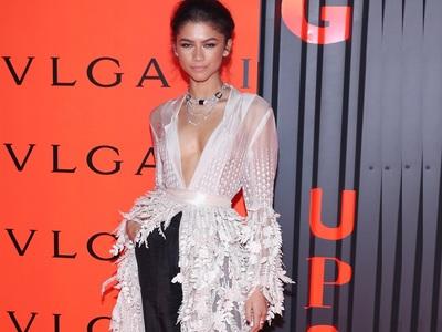 BeautySpy: Το απίστευτο outfit της Ζεντάγια στη Νέα Υόρκη είχε ινδική couture υπογραφή