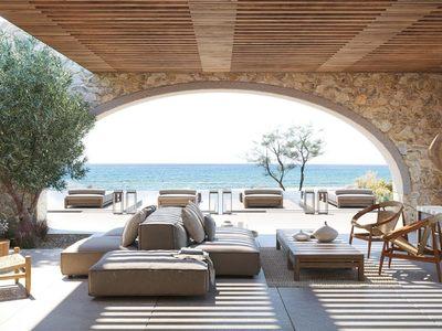 Ζήστε εκ των έσω την μεσσηνιακή φιλοξενία στο Costa Navarino ως ιδιοκτήτης μίας βίλας, αρκεί να ...αντέχετε