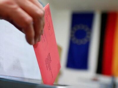 Γερμανία: Το 37% προτιμά τον Ζέντερ για ...