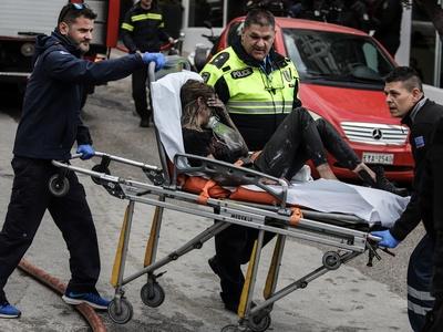 Διασωληνωμένη 24χρονη από τη φωτιά σε ξενοδοχείο της Συγγρού