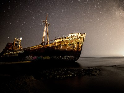 Ένα ναυάγιο θρύλος στην παραλία του Γυθείου