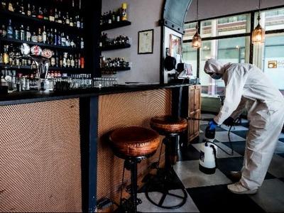 Ιταλία-Κορωνοϊός: Μείωση των νέων κρουσμ...