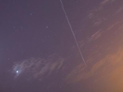 Τι σχέση έχει με το...internet αυτό που είδαμε το βράδυ της Δευτέρας στον ουρανό κι έμοιαζε με τρένο αστεριών;