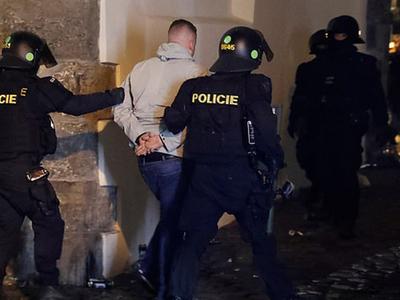 Τσεχία: Επεισόδια σε διαδήλωση κατά των ...