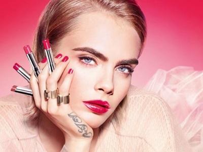 Λαχταριστά χείλη της άνοιξης: Dior Addict Halo Shine & Stellar Gloss