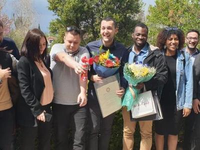 Ο Αλέξανδρος πήρε το πτυχίο του από το Πανεπιστήμιο Πατρών και η οικογένειά του από το Χαμόγελο του παιδιού ήταν εκεί - ΔΕΙΤΕ ΦΩΤΟ