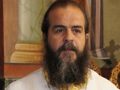 Ιερέας του Ι.Ν Αγίου Νικολάου Πατρών σε Μητσοτάκη- Σας τιμούν εικόνες με περιπολικά έξω από εκκλησίες;