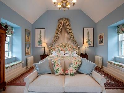 Granary Lodge Scotland: Εικόνες από το ξενοδοχείο του Καρόλου σε victorian style!
