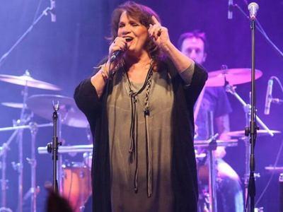 Eurovision 2019: Η Ελπίδα τραγούδησε το «Σωκράτη εσύ σούπερ σταρ» στο Τελ Αβίβ –ΔΕΙΤΕ ΒΙΝΤΕΟ