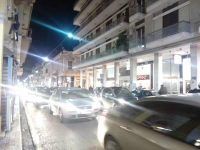 «Εκλογικό» κυκλοφοριακό χάος στην Πάτρα