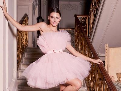 Giambattista Valli x H&M: Ονειρεμένια τούλια στη Ρώμη με super star την Κένταλ Τζένερ
