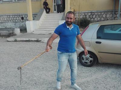 Επίσκεψη ... φιδιού σε εκλογικό κέντρο της Δυτικής Ελλάδας
