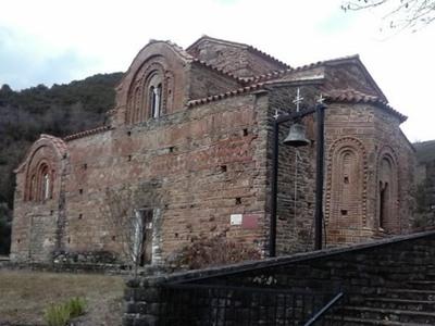Κόκκινη Εκκλησιά, ένα μοναδικό βυζαντινό μνημείο στα Τζουμέρκα