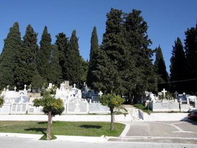 """Οι επισκευές στον Ι.Ν. Αγγέλων """"στέλνουν"""" κηδείες και μνημόσυνα στον Ιερό Ναό Αγίας Παρασκευής"""