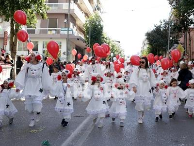 «Μαγνήτισαν» τα βλέμματα! Κι άλλες φωτογραφίες και βίντεο από το Καρναβάλι των μικρών