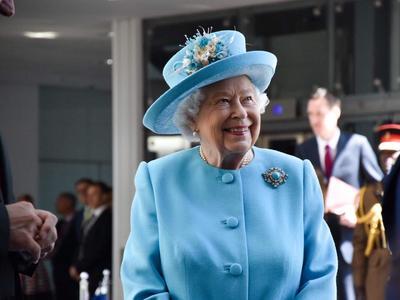 Η βασίλισσα Ελισάβετ ενέκρινε την αναστολή του Κοινοβουλίου