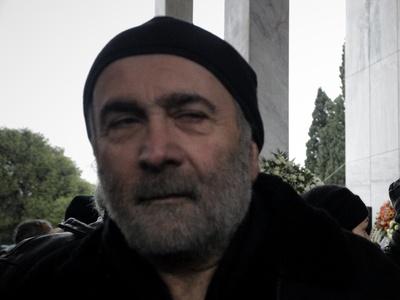 Λάκης Λαζόπουλος: Έχω τρόπους να μιλάω κ...