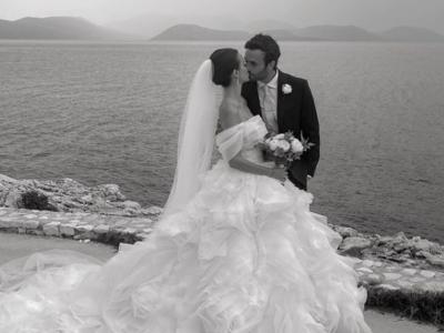 O παραμυθένιος γάμος πασίγνωστου ζευγαρι...